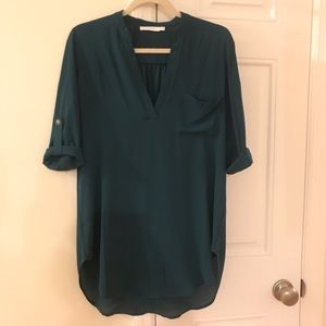 Lush perfect roll tab sleeve tunic
